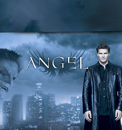 Angel: The Complete Series Collector's Set