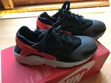 NEW - AUTHENTIC - NIKE AIR HUARACHE RUN Size UK 4.5,  EUR 37.5 CM 23.5