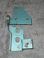 65 1966 1967 1968 1969 1970 Mustang Shelby ORIG FASTBACK FOLD DOWN SEAT LH HINGE