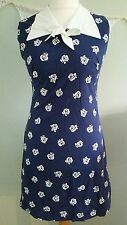 Vintage Retro Navy and White Flower Print Dress. Wide Collar and Bow. Size 10-12