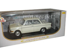 SIGNATURE MODELS 18125 1962 62 BMW LS LUXUS 1/18 DIECAST MODEL CAR CREAM