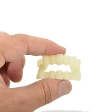 Scary Halloween Party Prop Plastic Luminous Vampire Teeth Joke Toy Hot !