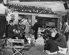 ALFRED HITCHCOCK TIPPI HEDREN THE BIRDS BEHIND THE SCENES 8x10 PHOTO