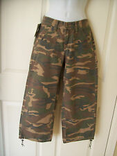 NEW NW Womens AS REAL AS WRANGLER Capri Cropped Pants Camo Camouflage XS size 0