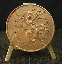 Médaille uniface la joie, la félicité ailée   joy, happiness winged 55mm medal
