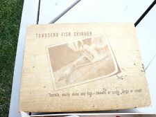 TOWNSEND FISH SKINNER+ INSTRUCTIONS , IN BOX ,WORKS PERFECTLY, SKINS QUICKLY