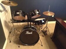 PEARL RHYTHM TRAVELER WITH LOTS AND LOTS OF EXTRAS!!!