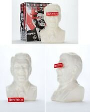 THE GIPPER WHITE LIMITED EDITION DESIGNER VINYL ART BUST BY ARTIST FRANK KOZIK