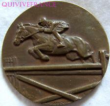 MED4361 - MEDAILLE CONCOURS HIPPIQUE DE CHATEAUNEUF LE ROUGE 1970