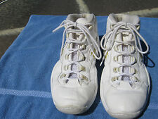 MEN'S WHITE REEBOK BASKETBALL SHOES SIZE 13-GREAT SHAPE-TAKE A LOOK!!