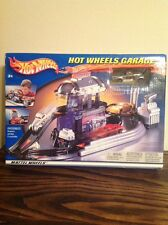 Hot Wheels Garage 2002 Play Set
