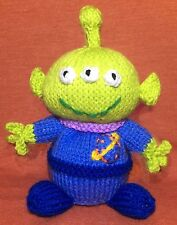 KNITTING PATTERN - Alien from Toy story inspired choc orange cover / 17 cms toy