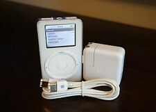 Apple iPod Classic 2nd Generation (20 GB) + Extras