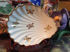 """Vintage Limoges France Vanity Pin Dish White Shell Gold Trim  and Pattern 4 3/4"""""""