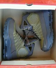 NEW IN BOX NIKE ZOOM SUPERDOME MEN'S WATERPROOF ALL WEATHER BOOTS SIZE 8.5 OLIVE