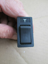 "VOLVO 1991 940, 1992-1994 960, 88-90 760 ANTENNA SWITCH "" KIRSTEN "" OEM# 1362349"