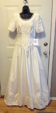 WEDDING GOWN GORGEOUS LIGHT IVORY DESIGNER SAMPLE BY THE WEDDING BELL SIZE 8