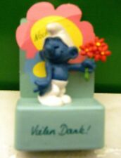 2.0044 GERMAN LANGUAGE LOVER SMURF ON RECTANGULAR STAND – VERY GENTLY USED