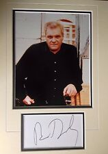 BRIAN DENNEHY - POPULAR AMERICAN ACTOR  - EXCELLENT SIGNED COLOUR DISPLAY