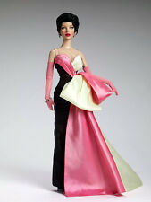 "NRFB Tonner 16"" Peggy Harcourt ""Short and Sassy"""