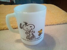 1965 snoopy milk glass cup