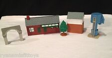 lot of 5 ~ THOMAS THE TRAIN accessories TRAIN STATION water tower TREE shed ARC