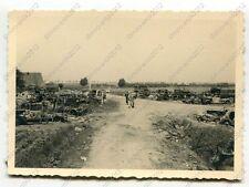 Foto, zerstörte feindliche PKW, Einsatz Dünkirchen, Frankreich, e  (W)1345