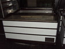 COMMERCIAL CHEST FREEZER NOVUM CURVE LID WIDTH 1710mm Delivery around M60 £19