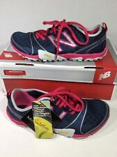 New Balance  women walking sneakers size 6 D blue Z5-130