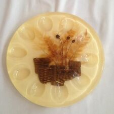 VINTAGE LUCITE ROUND DEVILED EGG DISH PLATE Yellow Brown Basket Flowers