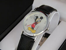 MZ BERGER Classic Disney Mickey Mouse Leather Moving Hand MCK668