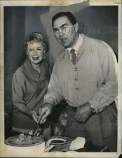 1955 Press Photo Boxer Max Schmeling with wife Anny Ondra - net30659