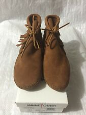 MINNETONKA MOCCASIN WOMENS FRINGED SOFT SOLE BOOT #482 Size 9.5