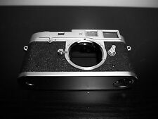 Leica M2 Ernst Leitz  Camera Body  SN 1053552 Rare Mint Condition