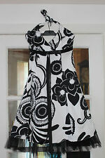 LADIES BLACK & WHITE HALTERNECK FULLY LINED PARTY DRESS FROM THE VESTRY SIZE 10