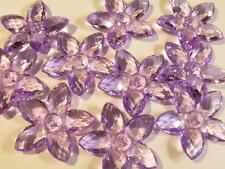 A PACK OF 10 LARGE FACETED FLOWER BEADS - 32mm - ACRYLIC - MAUVE..........B141 *
