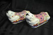 PAIR of VINTAGE CHINESE CERAMIC PORCELAIN BOYS CHOPSTICKS REST