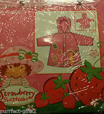 STRAWBERRY SHORTCAKE PINK RAIN COAT SLICKER W/ HOOD~NEW~GIRLS SIZE SM. 2-3