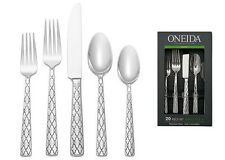 Oneida Zoya Pattern 20 Piece Service for 4 Stainless Flatware