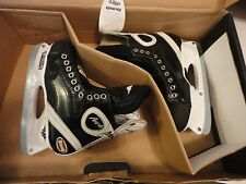 NIB MISSION ICE HOCKEY AMP 4 JR FORM GLASS SKATES SIZE 4 NIB RETAIL $259 307