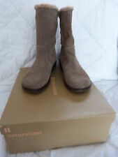 NATURALIZER WOMENS BOOTS - PREMA-MALT TAUPE SUED SIZE 7 1/2 MEDIUM