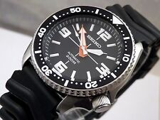Seiko Custom 'Crosshair/Gunsight' Black Submariner Automatic Divers Watch 7S26
