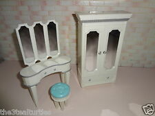 Bratz World Cloe's Bedroom Furniture Set Armoire Wardrobe Vanity Mirror Stool