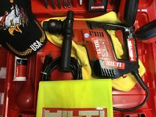 HILTI TE 5 , PREOWNED EXCELLENT CONDITION, free knife, bit , pen , laser , vest,