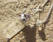 Brazilian quartz 7 chakra healing dowsing pendulum pendant.with pyramid on top