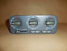 98-00 VOLVO S70 V70 / 98-04 VOLVO C70 Automatic Climate Control Unit