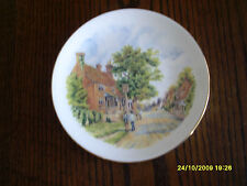 Galleria BELLE BONE CHINA PLATE paese INNS. il beckingford armi 22 cm