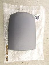 01 - 05 TOYOTA RAV4 4D SUV CENTER CONSOLE & ARM RESTER LID BRAND NEW 42010-B0