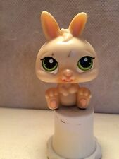 LITTLEST PET SHOP MAGIC MOTION YUM YUM BUNNY RABBIT Cream GREEN EYES