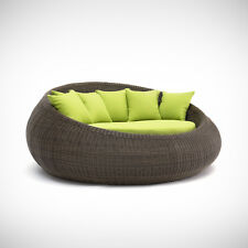 Large Funky Outdoor Round Quality Rattan Day Bed Sofa Lounge RRP $1800